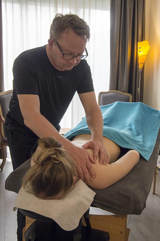 massagepraktijk Bas praktijk foto behandeling